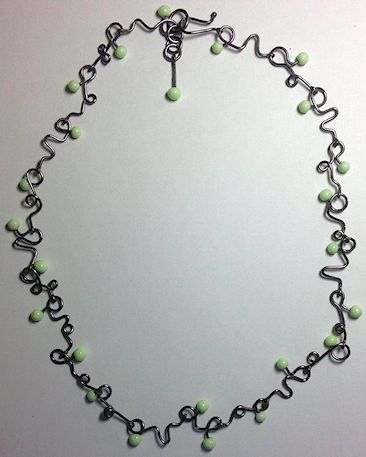 CurvyWireNecklace-Bill3