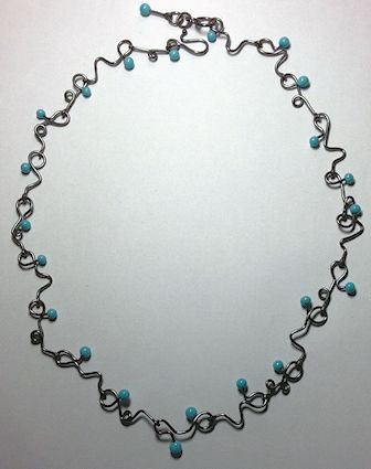 CurvyWireNecklace-Bill4